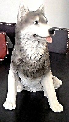 Husky or WOLF dog figure sitting pose hand made, hand painted in Italy Castagna