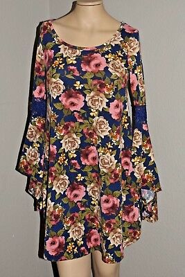 Lot of 17 Fall & Winter New Women and Junior Dresses & Tops - Reduced!