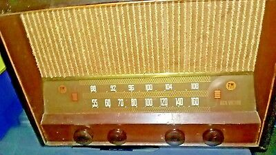 Vintage Fabulous 1947 Rca Victor Clear True Static Free Works And Looks Great