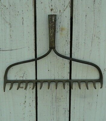 Vintage rustic rusty iron rake head original garden tool primitive country # 3