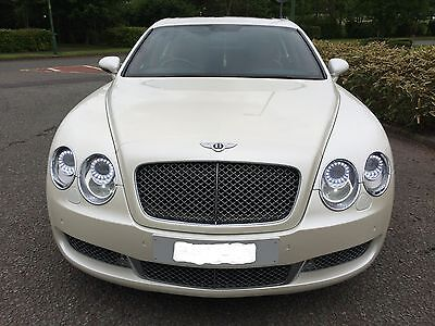Wedding Car Hire - Prom - Occasion - Party - Bentley Hummer Rolls Phantom Limo