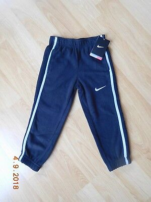 88dc297bdc98 NIKE Boys Therma Fit Sweatpants Athletic Fleece Pants Blk Gray NWT  38 SIZE  4T