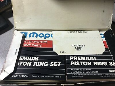 NOS Mopar 2808554 Premium Piston Rings For 318.