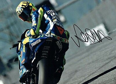 VALENTINO ROSSI Autograph NEW SIGNED 16x12 Yamaha Photo 3 AFTAL COA The Doctor