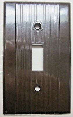 1 Vintage Leviton Switch Plate Wall Cover Ribbed Lines Brown Bakelite Art Deco