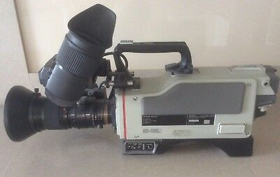 Sony Professional Video Camera DXC-3000A 3CCD with Fujinon TV-Z Lens