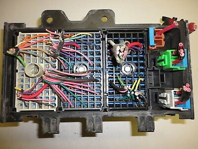 2000-2005 Buick Park Avenue underhood engine fuse relay junction box
