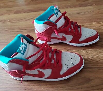 check out cb90c e623d NIke Dunk High Pro SB Mens 10.5 Gym Red Cat In The Hat 305050661