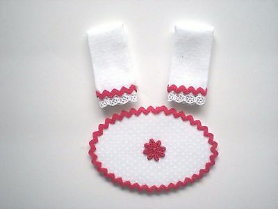 Dollhouse Miniature Handmade Set of 2 White & Red Towels & Matching Rug