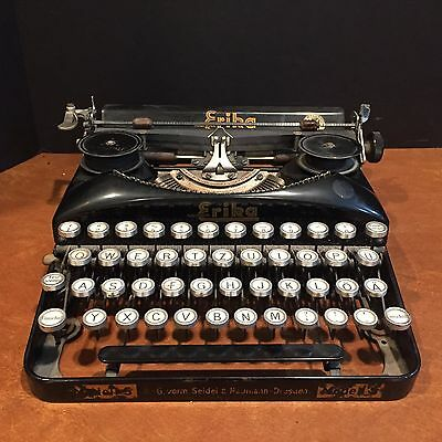 Antique Naumann Erika Modell S Portable Typewriter with German Keys c. 1930s