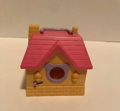 Hamtaro Ham Ham Play House Bedroom Bed and Dish Epoch Toy
