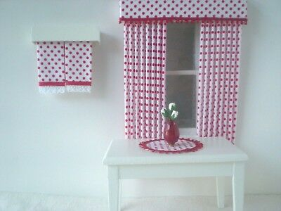 Dollhouse Miniature Handmade Set of 2 Red Towels, Table Mat & Vase of Flowers