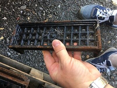 Cast Iron Air brick seconds Vent Air brick heavy Cast Iron rose small Victorian