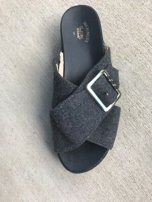 3fdccd4baad Dr Scholls Meringue Collection Flight Size 6.5 Gray Wool Wedge Comfort  Sandals