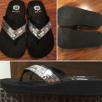 06f047ddcc5f7 NEW IN BOX Yellow Box Flip Flops Black Sequin Size 7 -  24.99