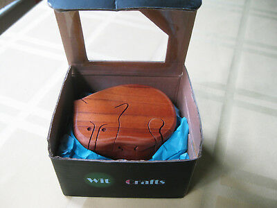 New In Box Cat Kitty Wood Art Trinket Box Puzzle 2 Compartments Cute