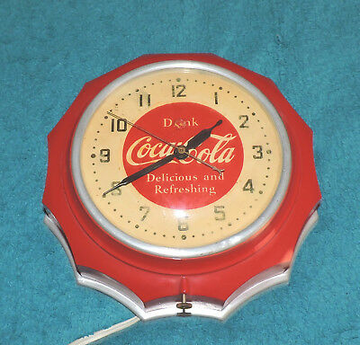 "Rare Antique Original 1950's Coca Cola advertising Bakelite Clock Sign ""  Nice """