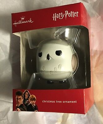 Hallmark 2017 Harry Potter Hedwig Christmas Ornament Red Box