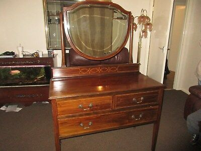 Edwardian Mahogany inlaid Dressing Table with central mirror
