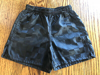UMBRO Black Checkered Toddlers Soccer Shorts Childrens 2XS Very Good Condtion