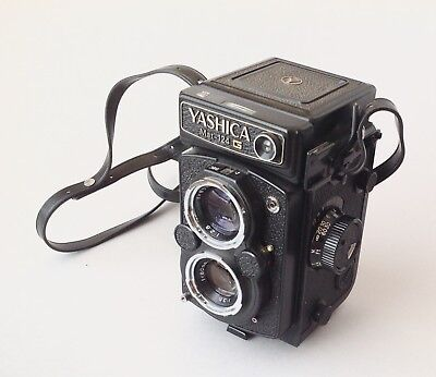Yashica Mat 124 G Twin Lens Reflex Camera With Telephoto Lens