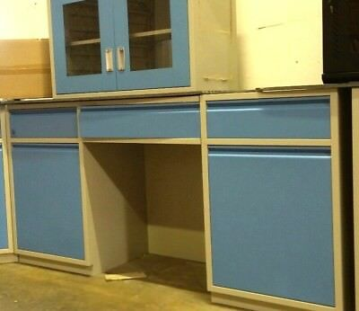 Laboratory Bench With Wall Cabinet & Epoxy Countertop