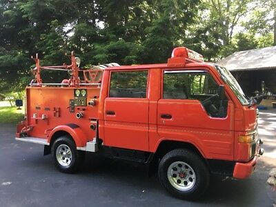 1993 Toyota Other  1993 toyota 4wd HiAce diesel pickup