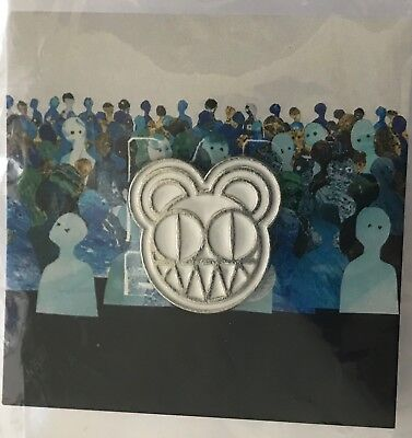 Radiohead pin 2018 tour modified bear white lapel pin