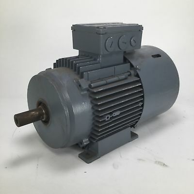 SEW DT90S4/BMG/HR 3ph motor 1.1kW 1400/1700rpm IP54 Used UMP