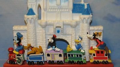 Disney Train Ornament Hallmark Merry Miniatures Mickey Pluto Minnie Donald Goofy