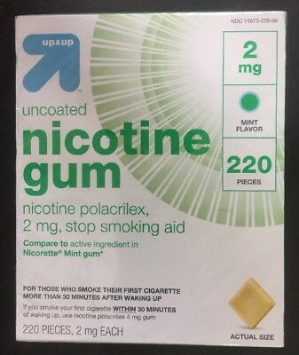 Up & Up Nicotine Gum, 220 Pieces, 2 mg Uncoated Mint Flavor New 08/2020