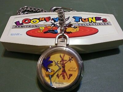 Road Runner Wile E. Coyote Watch Looney Tunes Musical Pocket Watch Vintage