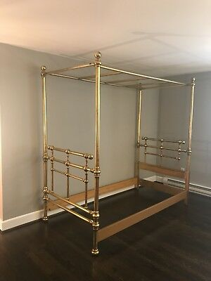 Gilt Wood Hollywood Regency MCM Daybed, Canopy Bed Twin Size By Drexel Barbados