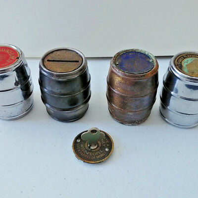 #1411 - LOT of 4 barrel banks without bottoms and a bottom with no barrel