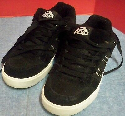 681eaeb3a3f3 Adio Mens Skate Shoes Size 6 EUR 38 UK 5.5 Leather Suede Black Worn Little  Clean