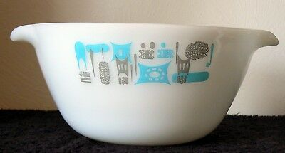 "Vintage Fire King Blue Heaven Dual Spout Mixing Bowl 8.75 "" ( Without Handles)"