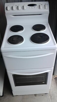 Westinghouse 54cm Electric Upright Stove 520, Aussie Made! With Grill & Oven