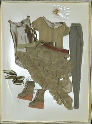 """Olive Drab outfit 16"""" Ellowyne Wilde Imagination Tonner NRFB fits Amber No Doll"""