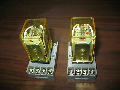 Lot of 2 Idec RR2P-UL 7.5 Amp Relays with Base (24 VDC Coil)
