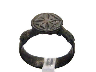 SUPERB CRUSADER BRONZE RING with CROSS ON THE TOP+++TOP CONDITION AND PATINA+++