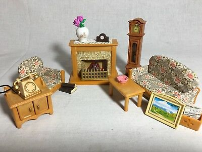 Calico critters/sylvanian families Living Room With Lighted Fireplace Clock