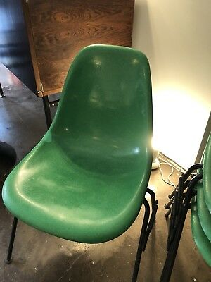 Chaise Eames Vintage Vert Kelly Green herman miller