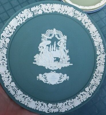 Wedgwood Jasperware 1984 Valentine's Day Limited Edition Teal Collectible Plate