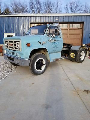 Chevy 1982 single axle gas 366
