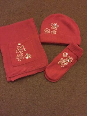 NEXT pink hat, scarf and. gloves set. age 7/8. Excellent condition!