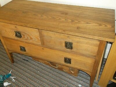 Solid oak Arts and Crafts set of drawers