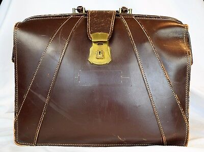 Vintage Traveling Brown Leather Doctors Lawyers Type Bag Satchel Brief Case