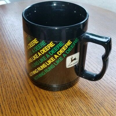 "Vintage John Deere ""Nothing Runs Like a Deere"" 12 oz Plastic Thermo-Serv Mug"