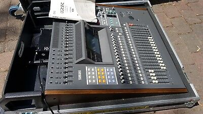 YAMAHA O2R mit Meter Bridge, Phantom Power, AD-DA CARD