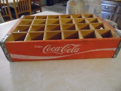 Vintage Coca Cola Red Crate Coke Wood Box Pop 24 Wooden Dividers 1977